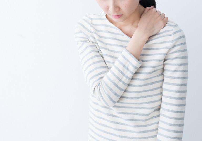 四十肩・五十肩の治療と睡眠環境の整備